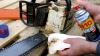 löst Harz und andere Verunreinigungen von Motorsägen